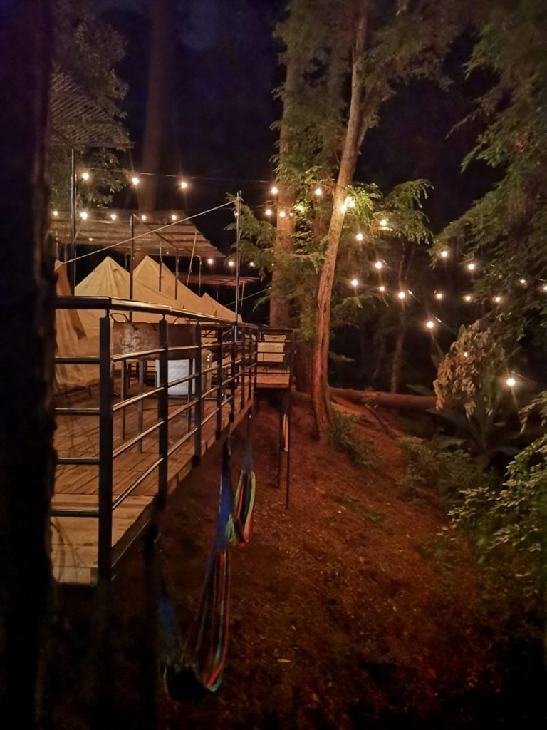 Glamping Rio Valle de Bravo de Noche